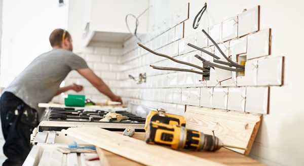 Should You Fix Your House Up or Sell Now?   MyKCM